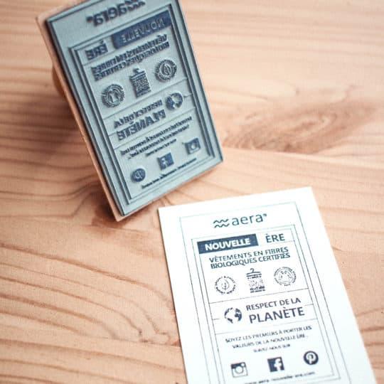 tampon-bois-papier-carte-visite
