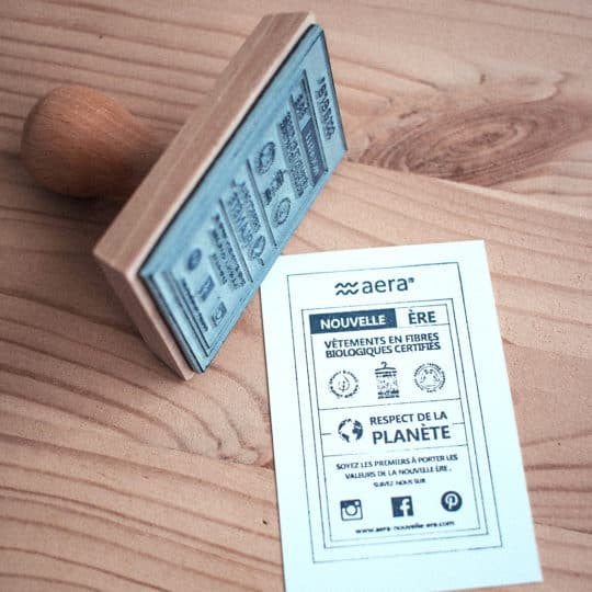tampon-rectangle-bois-papier-carte-visite